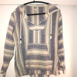 Hooded beach pullover
